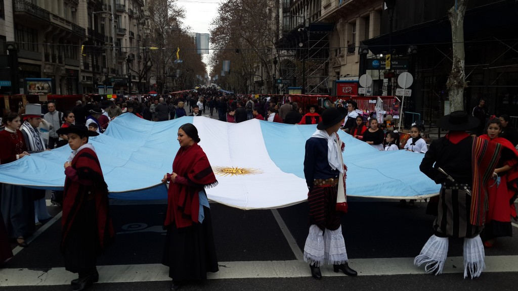 bandera desfile